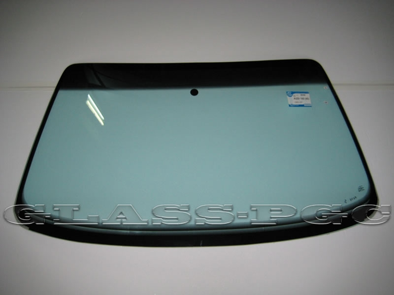 Audi  100 45 (Ауди 100 45) 91-97 г.в. стекло лобовое