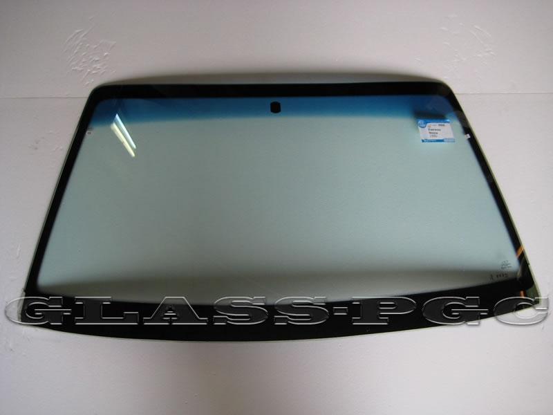 Daewoo Nexia (Деу Нексия) 1995 и далее г.в. стекло лобовое