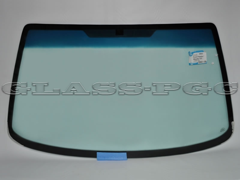 Ford Fiesta  (Форд Фиеста) 95-02 г.в. стекло лобовое