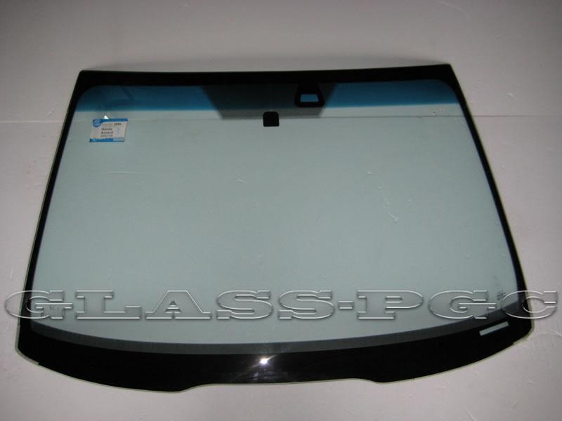 Honda Accord (Хонда Аккорд) 03-08 г.в. стекло лобовое