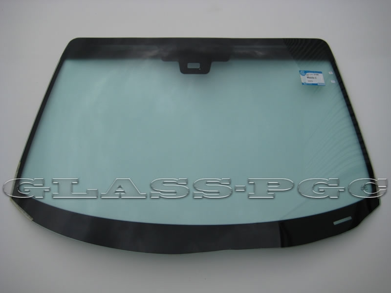 Mazda        3 (Мазда 3) 03-08 г.в. стекло лобовое