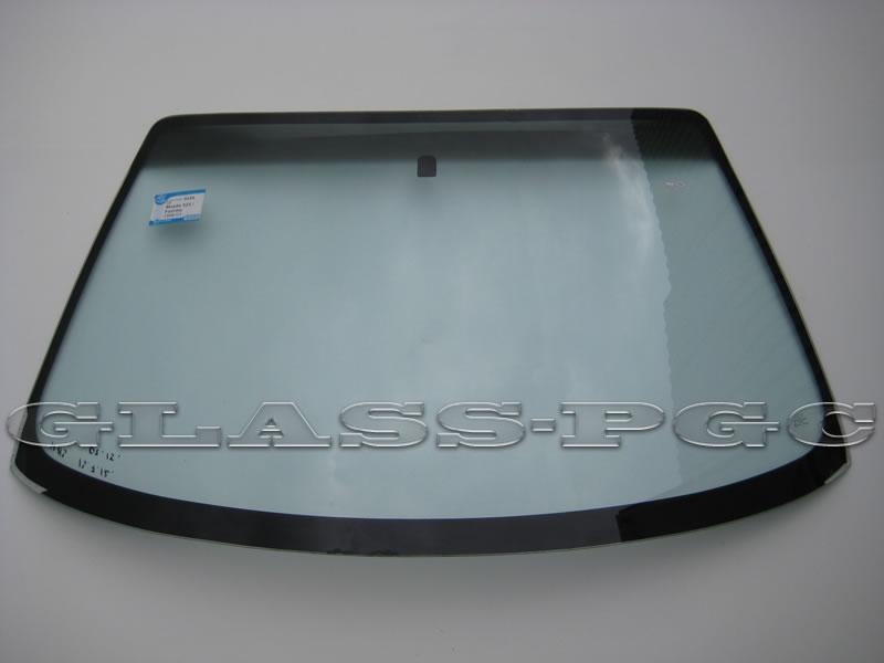 Mazda 323 (Мазда 323)  98-03 г.в. стекло лобовое