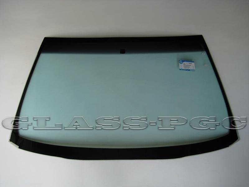 Mitsubishi Carisma (Митсубиси Каризма) 95-03 г.в. стекло лобовое