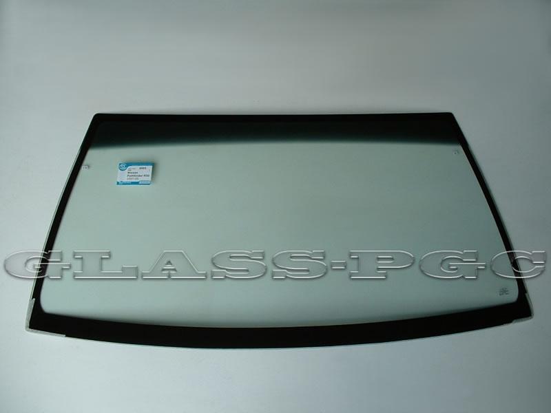 Infiniti QX4 (Инфинити КьюИкс 4) 97-03 г.в. стекло лобовое