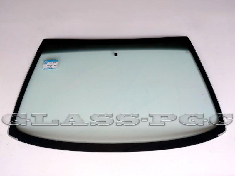 Peugeot        306 (Пежо 306) 93-01 г.в. стекло лобовое